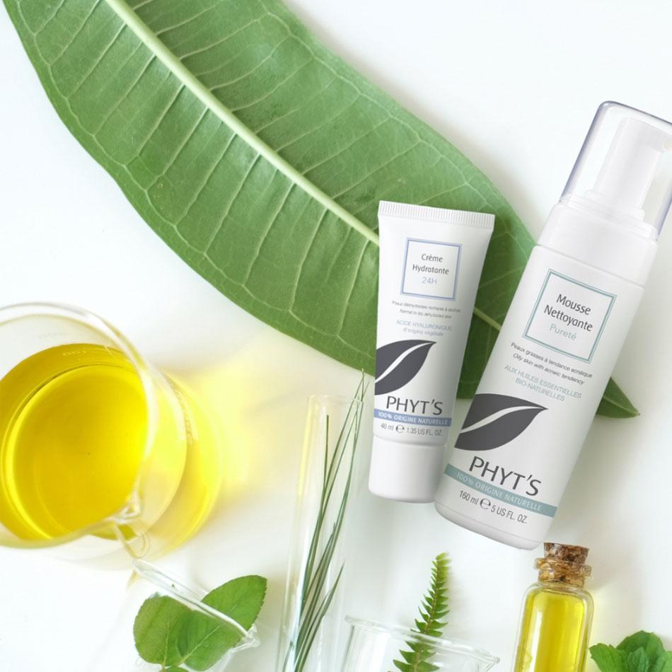 vue-produits-cosmetiques-naturels-feuille-huile-vegetale